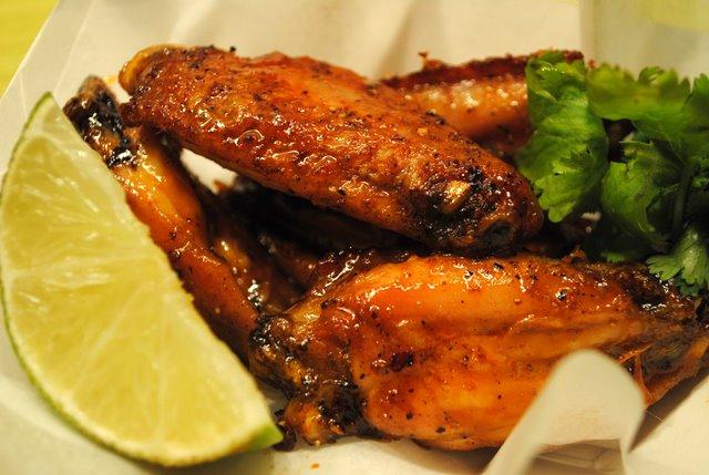 Srircha-hot-wings