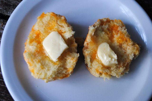 Cheese-biscuit-butter