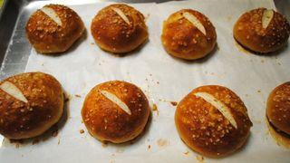 Little-pretzel-buns