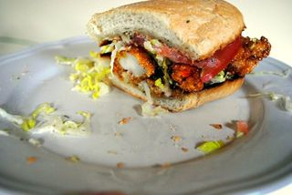 Shrimp-poboy-half2