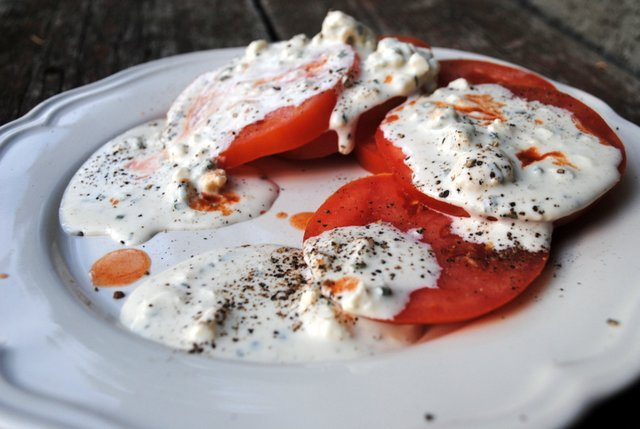 Blue cheese tomatoes